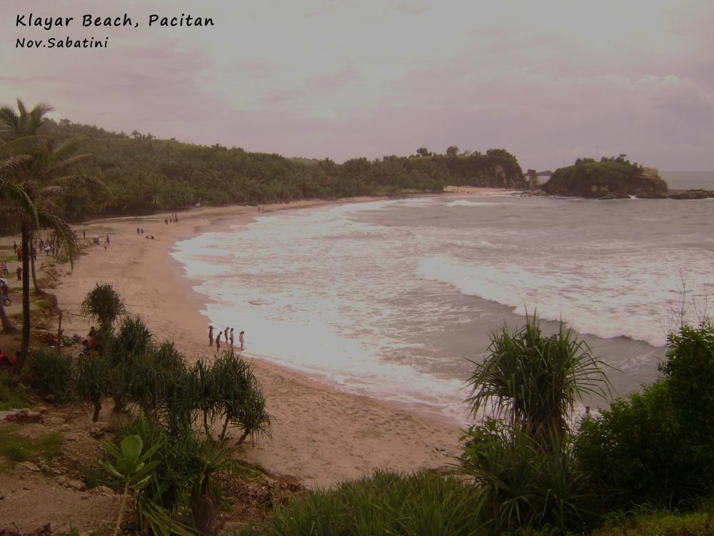 Pantai Klayar vs. Pantai Nampu.. (1/6)