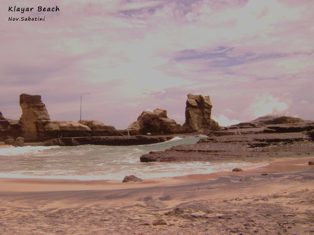 Pantai Klayar vs. Pantai Nampu.. (2/6)