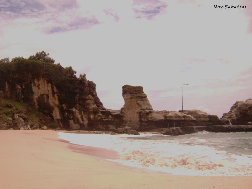Pantai Klayar vs. Pantai Nampu.. (3/6)