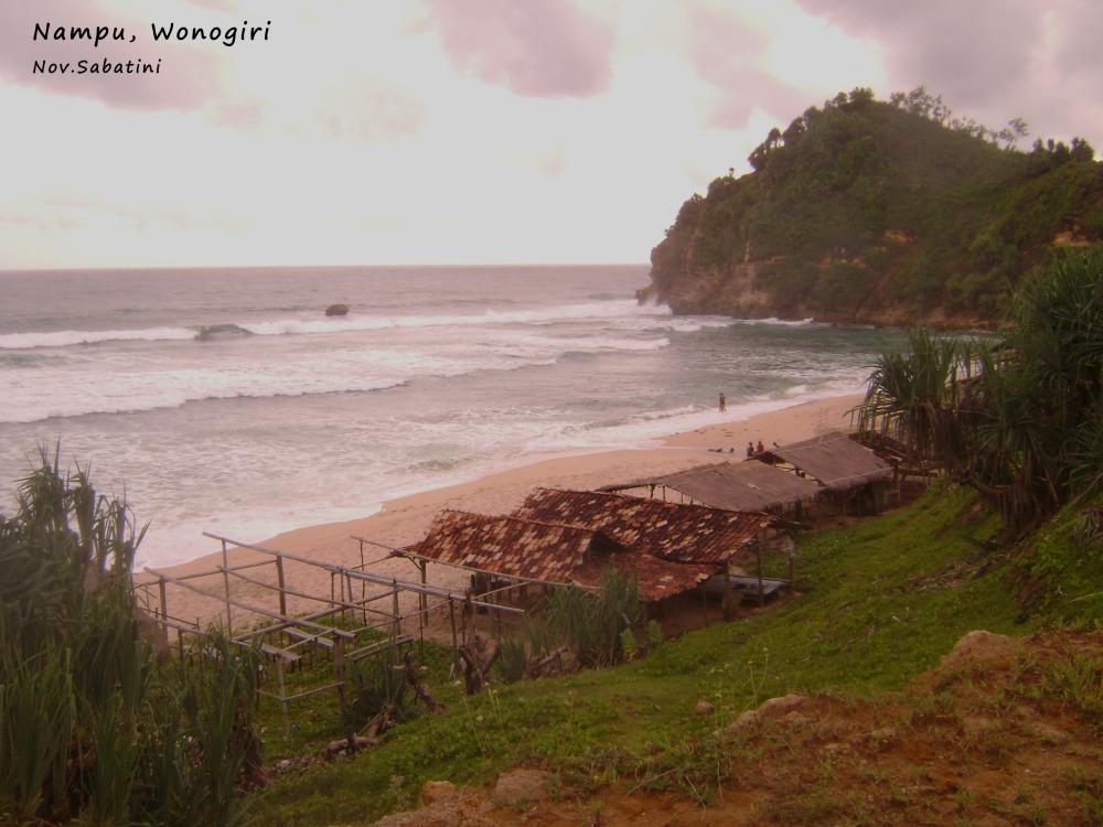 Pantai Klayar vs. Pantai Nampu.. (6/6)
