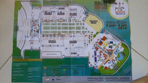 Ada peta gratis yang bisa diambil di dekat pintu..